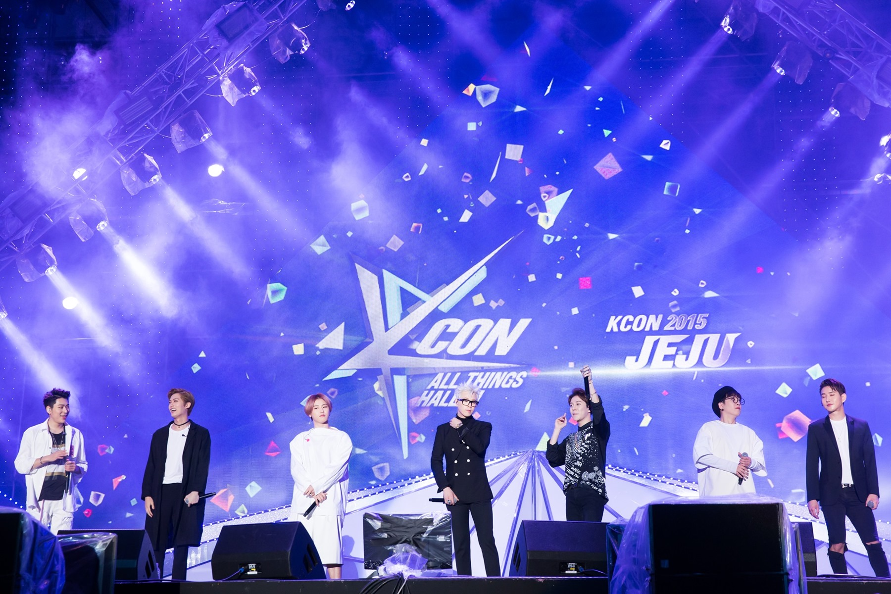 KCON held for the first time in Korea with 17,000 fans attending
