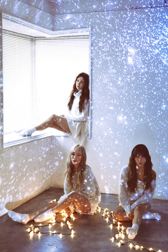 TaeTiSeo grant your Christmas wishes with 'Dear Santa'