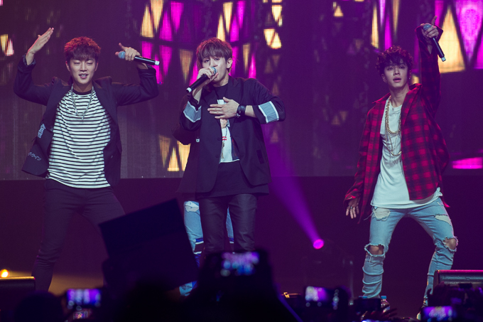 Live Review: Beast 'ORDINARY' Fan Meet – Luna Park's Big Top, Sydney (04.12.15)