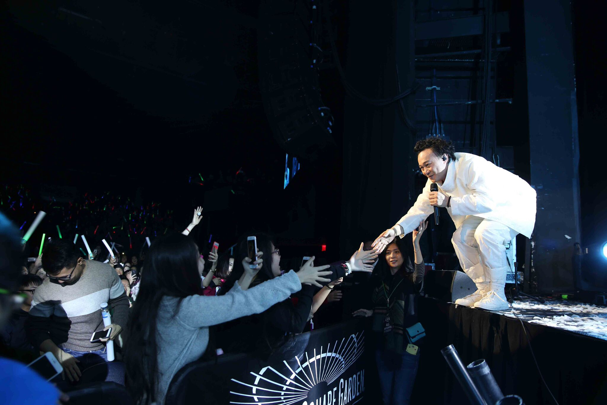 Mandopop King Eason Chan finishes up world tour with final stop in Toronto