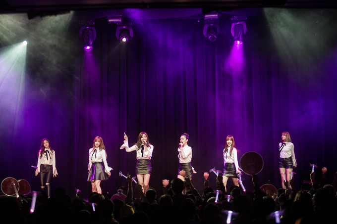 "Live Review: Apink ""Pink MEMORY"" – Club Nokia, Los Angeles (09.01.16)"
