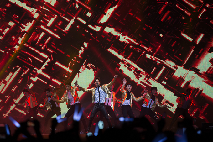 Live Review: EXO – Los Angeles Memorial Sports Arena (14.02.16)