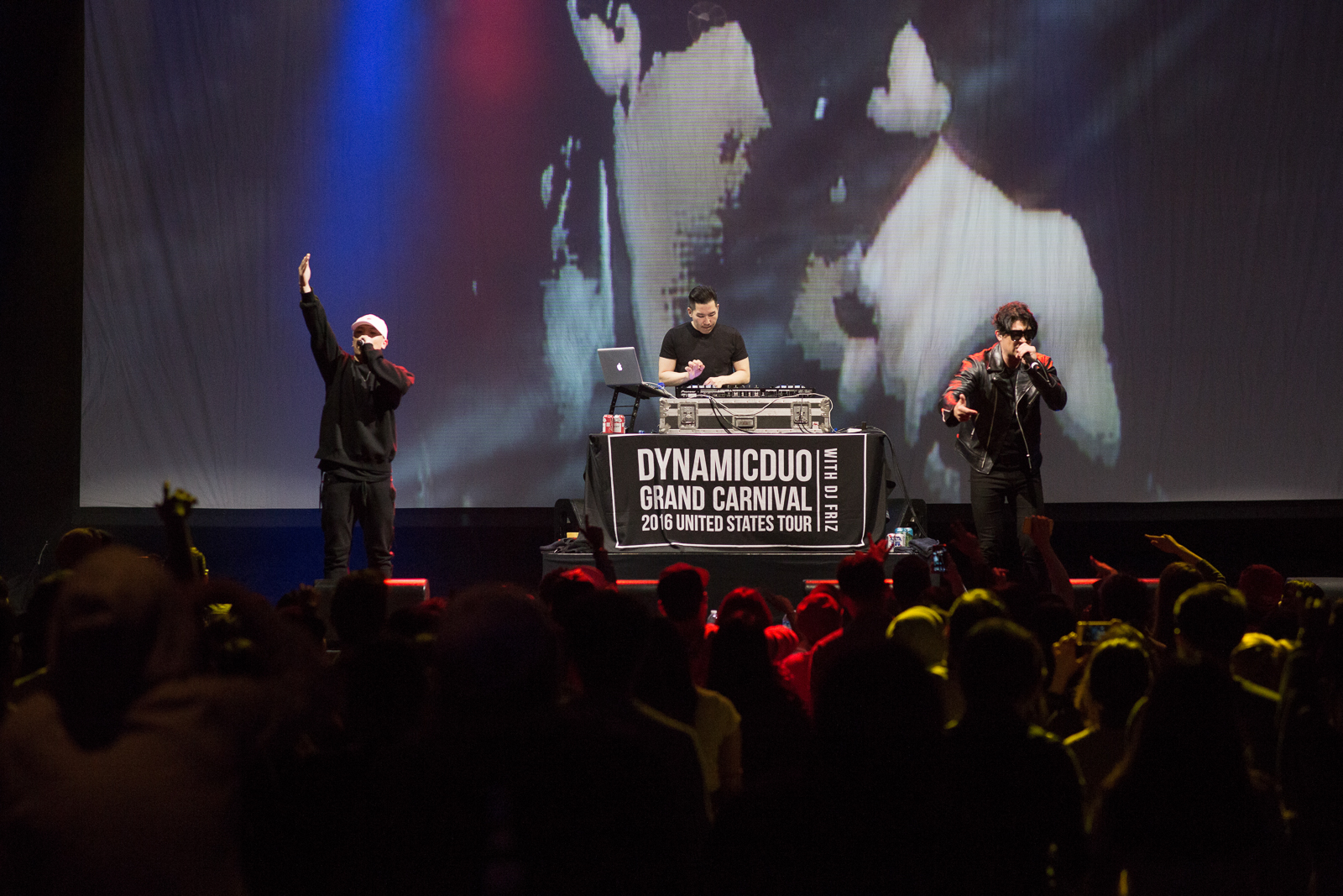 Photo Gallery: Dynamic Duo – The Novo by Microsoft, Los Angeles (19.03.16)