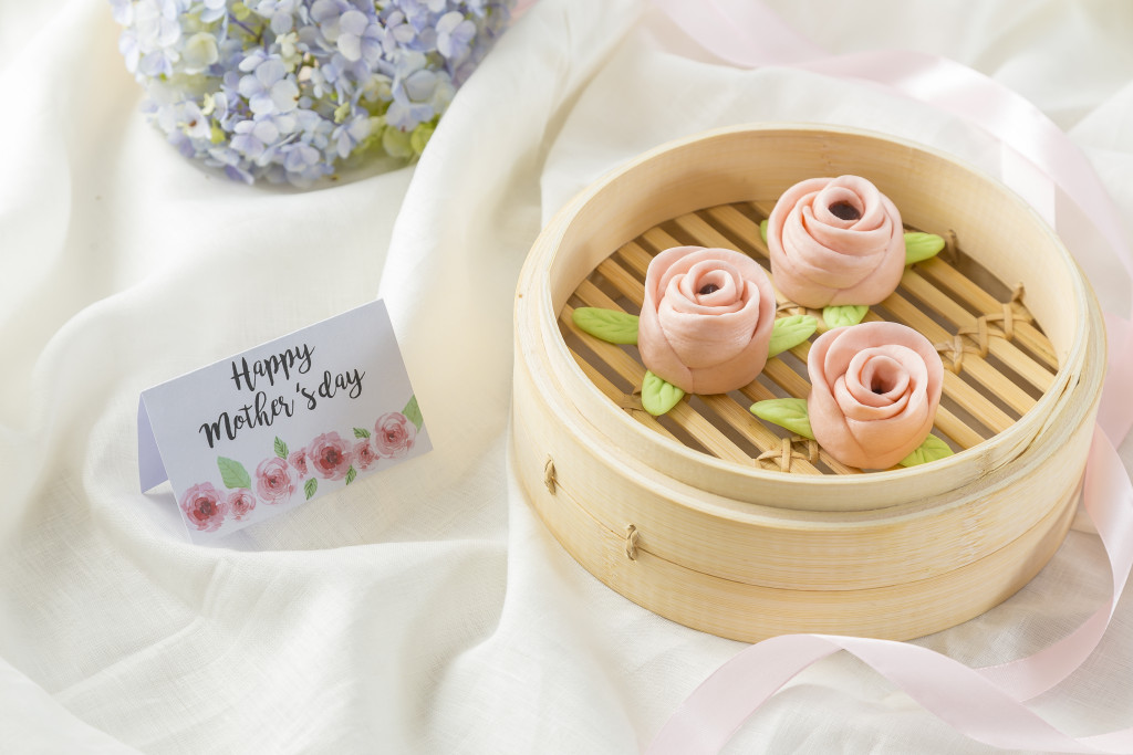 Din Tai Fung Red Bean Roses