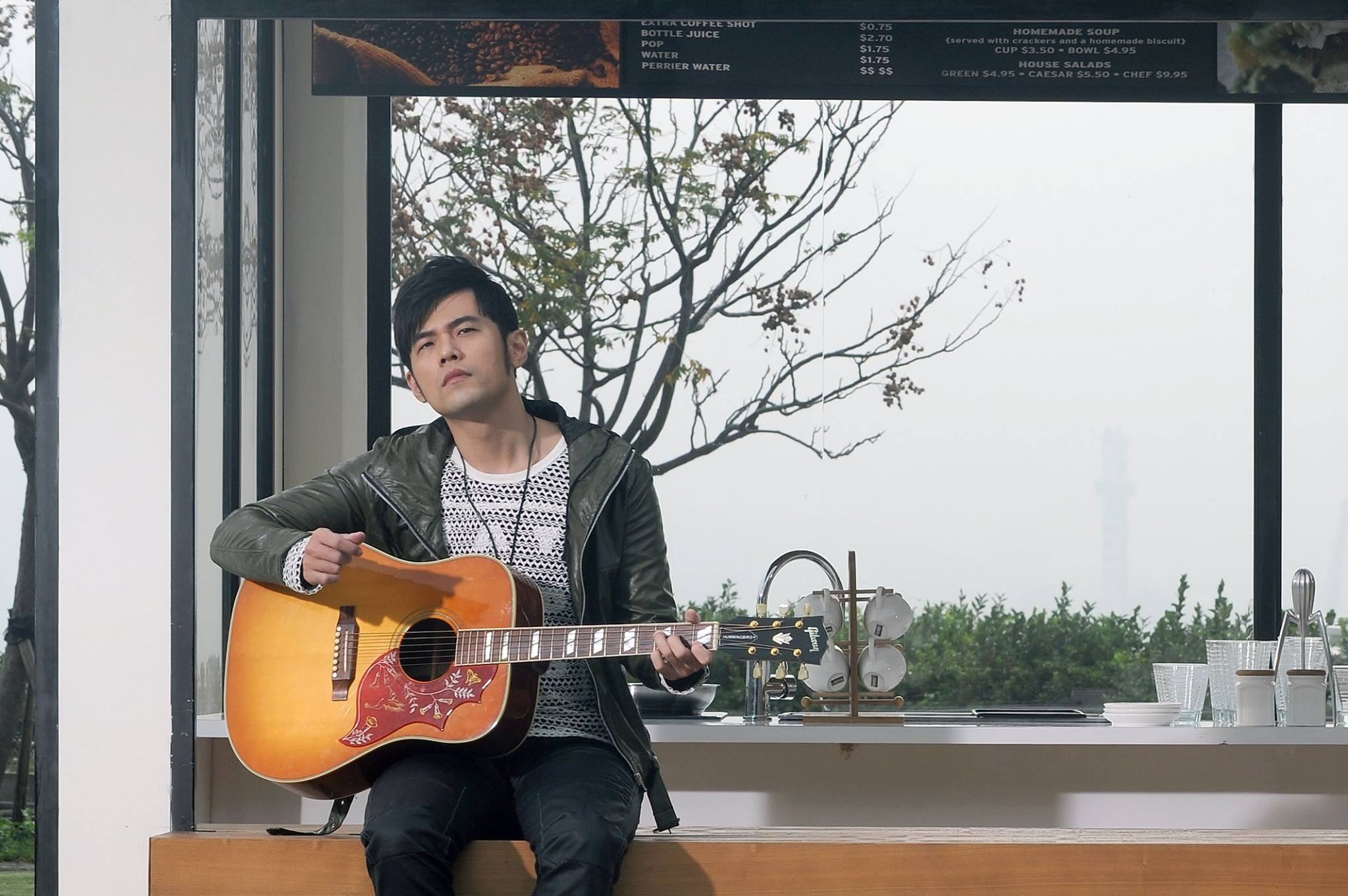 Jay Chou's 10 month old daughter Hathaway composes her first song?!