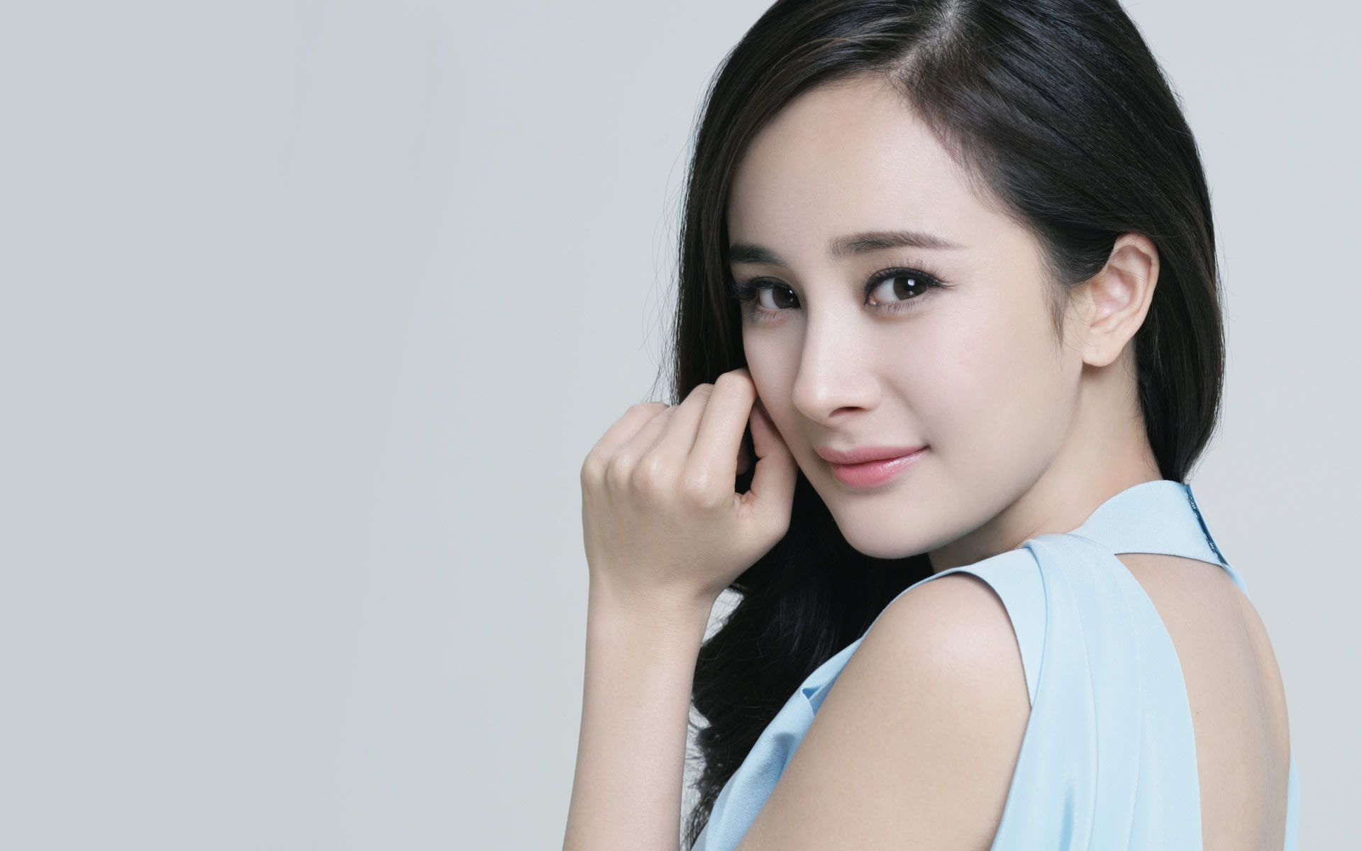 Yang Mi on being the Femme Fatale in L.O.R.D