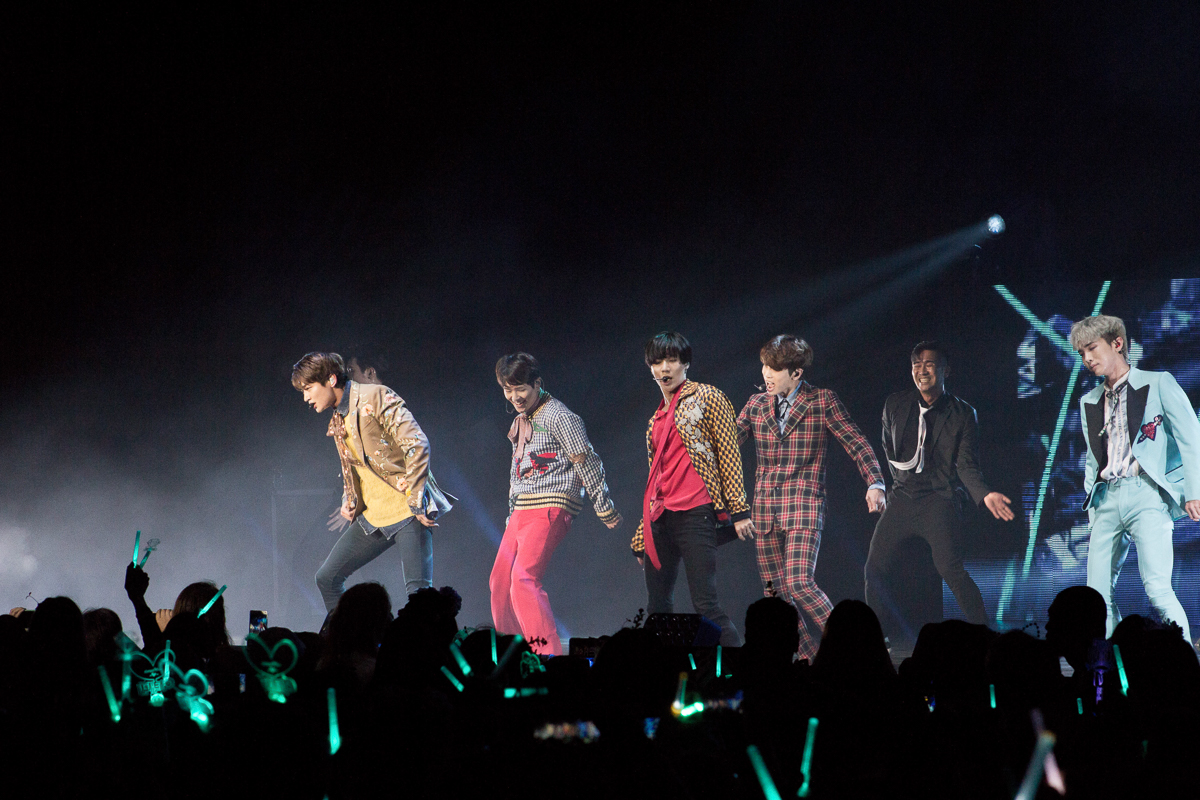 Live Review: SHINee World V in LA – Shrine Auditorium, Los Angeles (26.03.17)