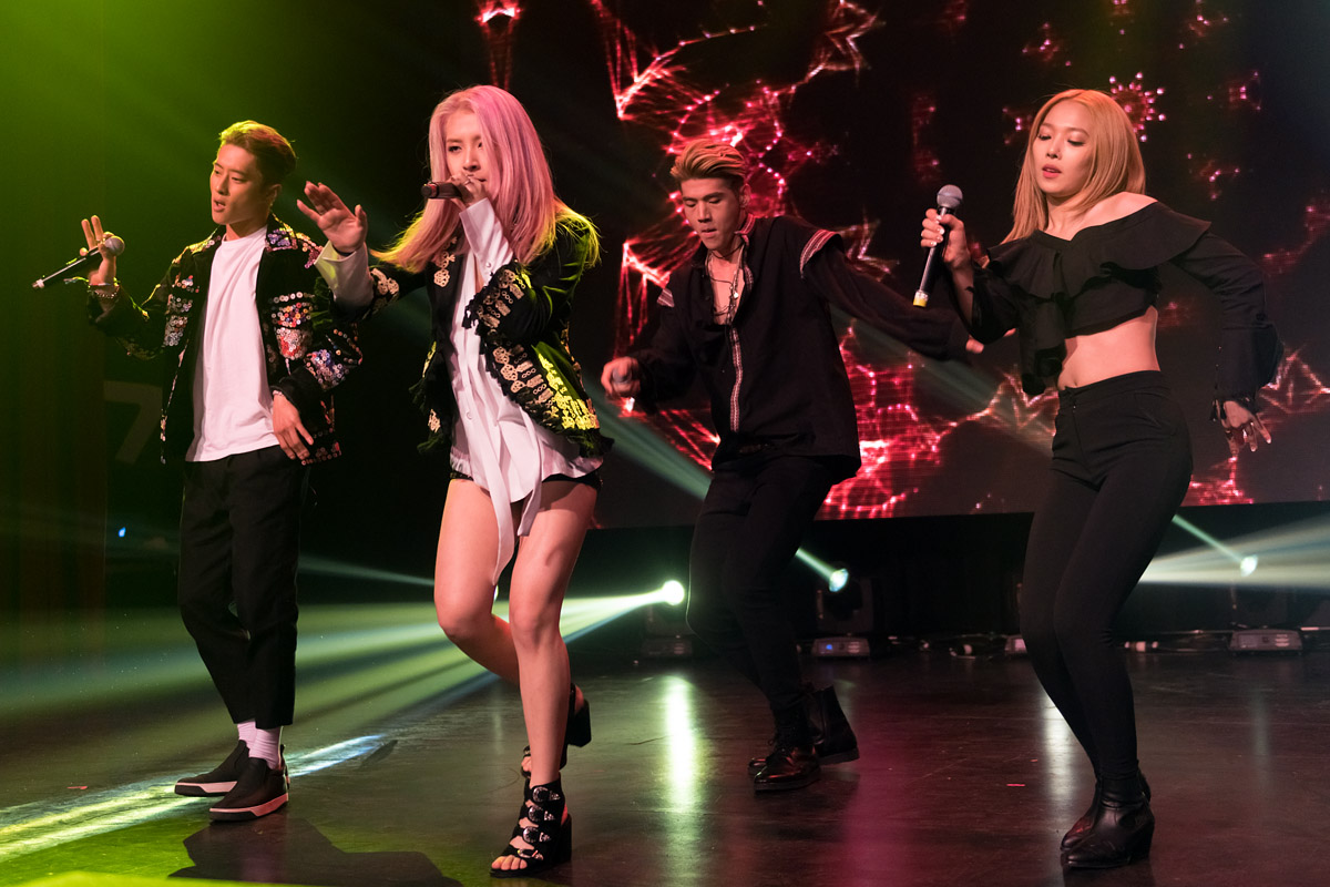 Photo Gallery: K.A.R.D – Copernicus Center, Chicago (05.05.17)