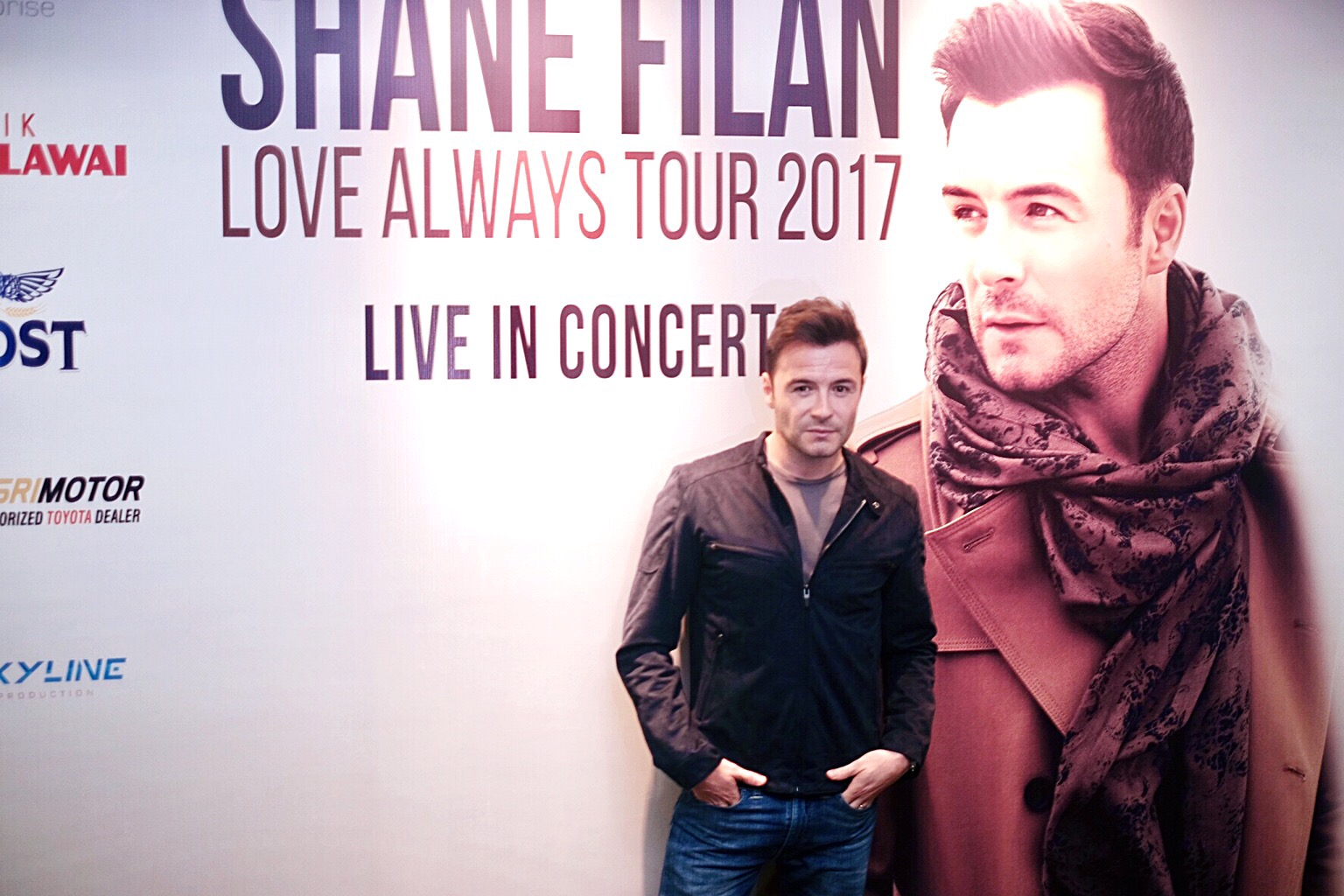 Shane Filan wowed Surabaya at his 'Love Always Tour' Press
