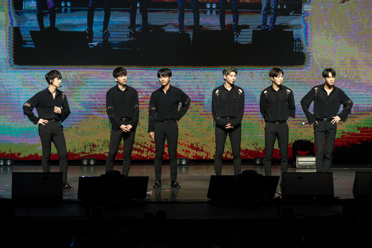 "Live Review: VIXX ""Shangri-la in Melbourne"" – Plenary, Melbourne Convention and Exhibition Centre (29.11.17)"