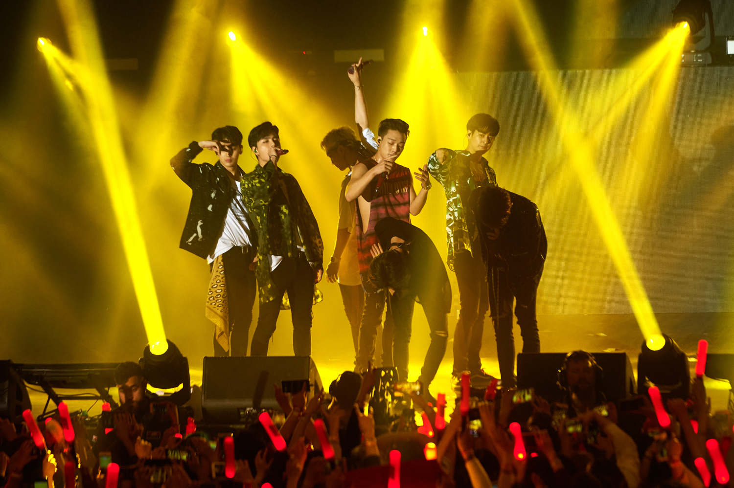 Live Review: iKON 'Continue' Tour – Festival Hall, Melbourne (27.10.2018)