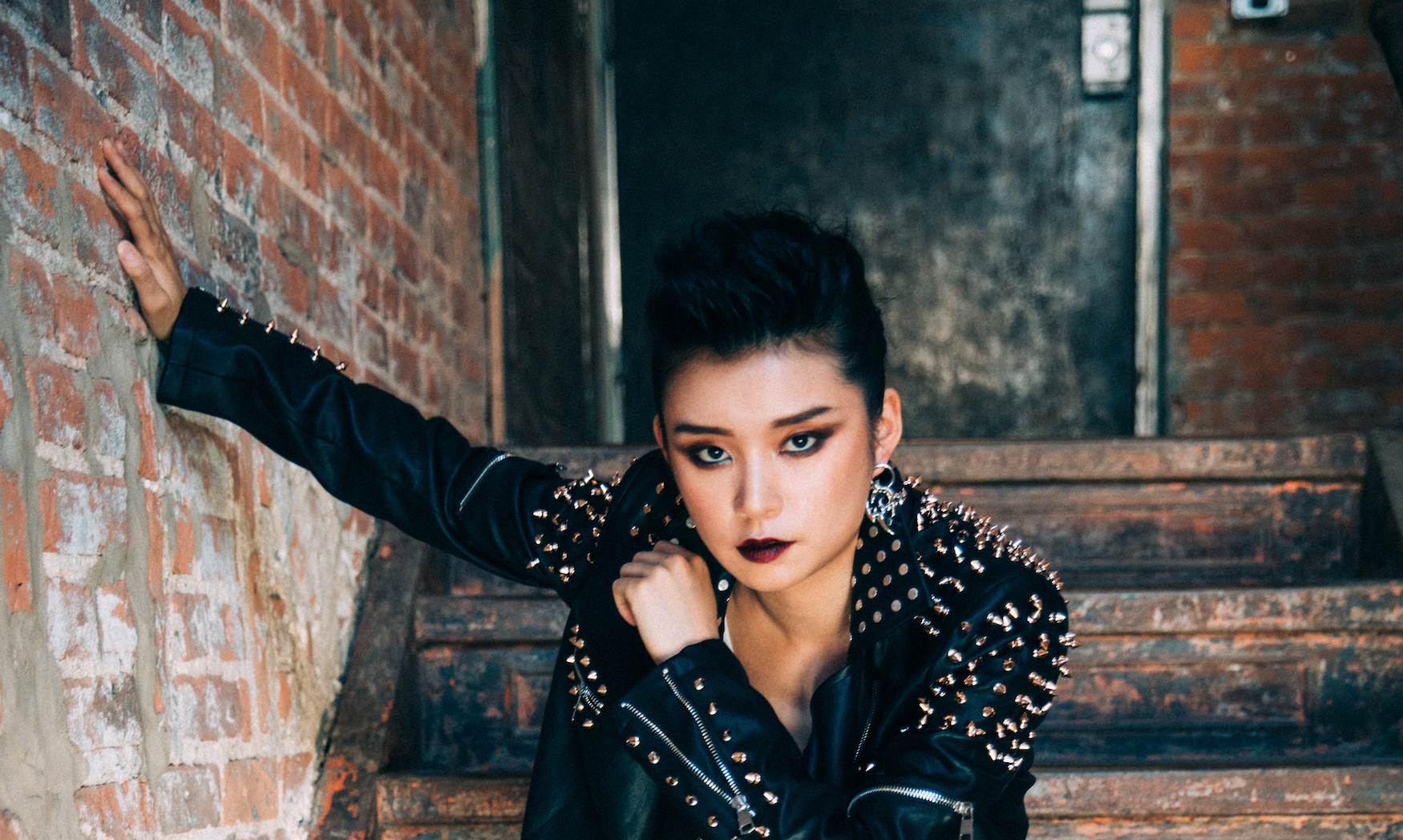 Interview: Wu Assassins' Celia Au Talks To Us About Asian-American Representation, Making Bold Choices, And Her Love For The Backstreet Boys